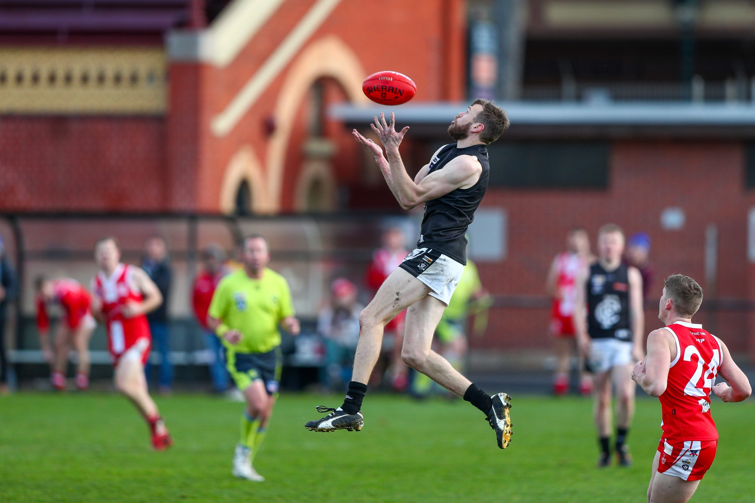 Magpie recruit Liam Wilkinson has had a stellar year for Castlemaine. Photo: Peter Banko.